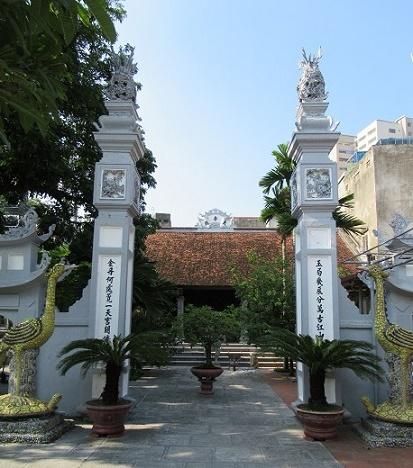 Các bộ tứ trong thần điện Việt: Tứ pháp Thien-de-dien-1