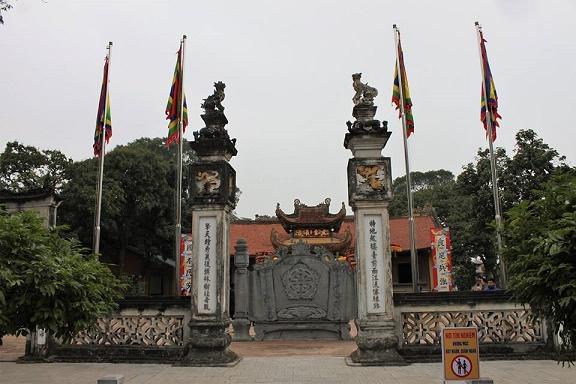 Hưng Đạo đại vương và Tam tứ phủ Nghi-mon